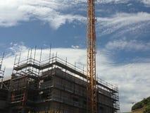 Γερανός και εργοτάξιο οικοδομής Στοκ Φωτογραφίες