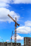 γερανός κατασκευής βι&omicron Στοκ φωτογραφία με δικαίωμα ελεύθερης χρήσης