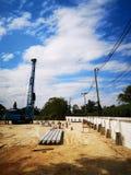Γερανός στο εργοτάξιο οικοδομής στοκ εικόνα