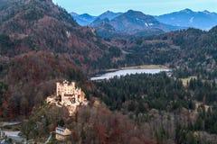 γερμανικά βουνά hohenschwangau της Γερμανίας κάστρων της Βαυαρίας ανασκόπησης ορών Στοκ Εικόνες