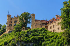 γερμανικά βουνά hohenschwangau της Γερμανίας κάστρων της Βαυαρίας ανασκόπησης ορών στοκ φωτογραφία