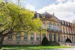 Γερμανικά ευρωπαϊκά ημέρας ανοίξεων της Στουτγάρδης Neues Schloss όμορφα δικοί του Στοκ Εικόνα