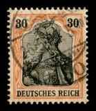 Γερμανική αυτοκρατορία - 26 Μαΐου 1909: Γερμανικό ιστορικό γραμματόσημο: το πορτρέτο του Valkyrie από το έπος του Nibelungs με το στοκ φωτογραφίες
