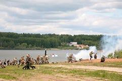 γερμανικοί ρωσικοί στρατιώτες επίθεσης στοκ φωτογραφία με δικαίωμα ελεύθερης χρήσης