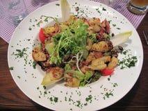 Γερμανικό μεσημεριανό γεύμα ζυμαρικών στοκ φωτογραφίες