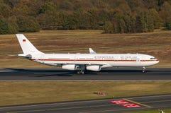 Γερμανικό airbus A340-313X 16+01 Πολεμικής Αεροπορίας Στοκ Φωτογραφίες