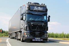 Γερμανικό Scania παρουσιάζει φορτηγό Ghost Rider Στοκ Φωτογραφία
