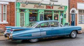 Γευματίζων και αυτοκίνητο της δεκαετίας του '50 του Σάφολκ Southwold στοκ φωτογραφία