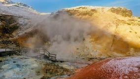 Γεωθερμική περιοχή της Ισλανδίας Krysuvik Seltun φανείτε συμπαθητικός στοκ εικόνα