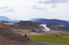 Γεωθερμικός σταθμός παραγωγής ηλεκτρικού ρεύματος κοντά στη λίμνη Myvatn, Ισλανδία Στοκ Φωτογραφία