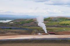 Γεωθερμικός σταθμός παραγωγής ηλεκτρικού ρεύματος κοντά στη λίμνη Myvatn, Ισλανδία Στοκ εικόνα με δικαίωμα ελεύθερης χρήσης