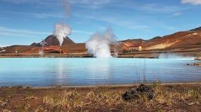 Γεωθερμικός σταθμός παραγωγής ηλεκτρικού ρεύματος - τυρκουάζ λίμνη, Ισλανδία Στοκ φωτογραφία με δικαίωμα ελεύθερης χρήσης