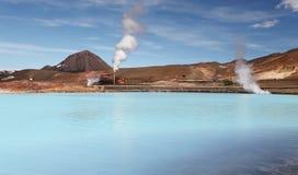 Γεωθερμικός σταθμός παραγωγής ηλεκτρικού ρεύματος - τυρκουάζ λίμνη, Ισλανδία Στοκ Εικόνες