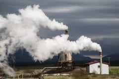 Γεωθερμικός σταθμός παραγωγής ηλεκτρικού ρεύματος Στοκ Φωτογραφία