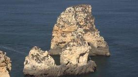 Γεωλογικοί σχηματισμοί βράχου εν πλω απόθεμα βίντεο