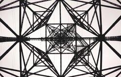 Γεωμετρικός ηλεκτρικός πύργος σχεδίων Στοκ φωτογραφία με δικαίωμα ελεύθερης χρήσης