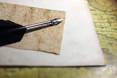 γεωμετρικός παλαιός τρύγος εγγράφου διακοσμήσεων ανασκόπησης διάστημα αντιγράφων στοκ εικόνες με δικαίωμα ελεύθερης χρήσης
