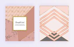Γεωμετρικό σχέδιο με τις χρυσές γραμμές, τριγωνικές μορφές Σύγχρονα πρότυπα για την πρόσκληση, γάμος, αφίσσα, γενέθλια, φυλλάδιο ελεύθερη απεικόνιση δικαιώματος