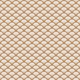 Γεωμετρικό σχέδιο ύφους κλίμακας χρυσών και άσπρων ψαριών deco τέχνης Στοκ φωτογραφία με δικαίωμα ελεύθερης χρήσης
