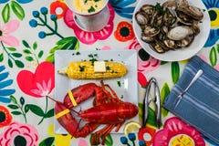 Γεύμα αστακών και ατμοπλοίων Στοκ Εικόνες