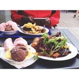 Γεύμα με το bro Στοκ φωτογραφία με δικαίωμα ελεύθερης χρήσης