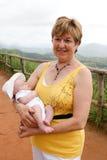 Γιαγιά και μωρό. στοκ εικόνες