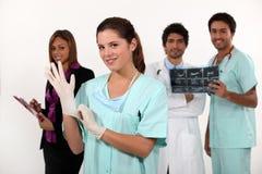 Γιατροί και νοσοκόμες στοκ φωτογραφία με δικαίωμα ελεύθερης χρήσης
