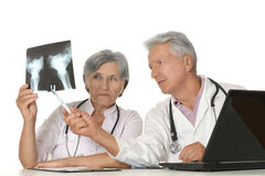 γιατροί με ένα lap-top Στοκ Φωτογραφία