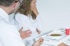 Γιατρός και διανοητικός ασθενής νοσοκομείου Στοκ εικόνα με δικαίωμα ελεύθερης χρήσης