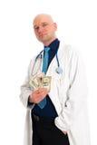 Γιατρός με τα χρήματα στο άσπρο παλτό εργαστηρίων Στοκ Εικόνα