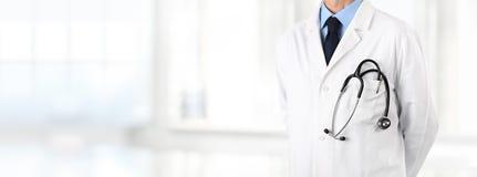 Γιατρός με το στηθοσκόπιο στην τσέπη, Ιστός εμβλημάτων Στοκ Εικόνες
