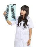 γιατρός που εξετάζει τη &theta Στοκ Φωτογραφία