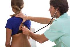 Γιατρός που μιλά με τον ασθενή Στοκ Εικόνες