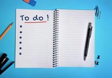 Για να κάνει τη λέξη στο σημειωματάριο Στοκ Εικόνα