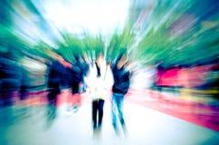 Για τους πεζούς άνθρωποι πόλεων στο δρόμο Στοκ εικόνες με δικαίωμα ελεύθερης χρήσης