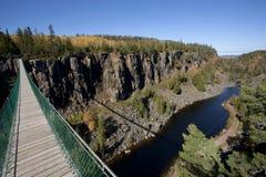 για τους πεζούς αναστολή γεφυρών Στοκ Εικόνα