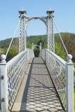 για τους πεζούς καλοκαίρι σκιών peebles γεφυρών στοκ φωτογραφία