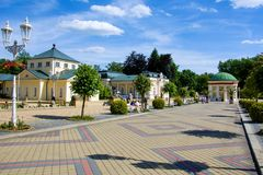 Για τους πεζούς περίβολος - μικρή δυτική Bohemian spa πόλη Frantiskovy Lazne Franzensbad - Δημοκρατία της Τσεχίας Στοκ Εικόνα