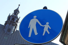 Για τους πεζούς σημάδι Στοκ εικόνα με δικαίωμα ελεύθερης χρήσης