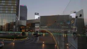 Για τους πεζούς Bidge στα κρύσταλλα στο Las Vegas Strip - ΗΠΑ 2017 απόθεμα βίντεο