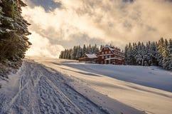 Γιγαντιαία βουνά, (τσέχικα: Krkonose, λοβός Snezkou Pec), η βόρεια περιοχή της Δημοκρατίας της Τσεχίας Στοκ Φωτογραφία