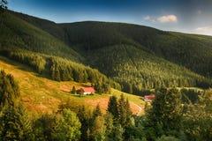 Γιγαντιαία βουνά Τσεχιών Spindleruv mlyn- Στοκ εικόνα με δικαίωμα ελεύθερης χρήσης