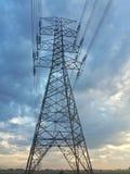 Γιγαντιαίος πύργος ηλεκτρικός Στοκ φωτογραφία με δικαίωμα ελεύθερης χρήσης