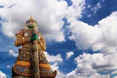 Γιγαντιαίος φύλακας σε Wat Phra Kaew Στοκ Φωτογραφίες