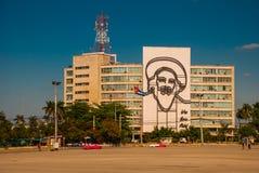Γιγαντιαίο γλυπτό του Φιντέλ Κάστρου στην πρόσοψη του Υπουργείου Εσωτερικών Plaza de Λα Revolucion Τετράγωνο επαναστάσεων στην πε Στοκ Εικόνα