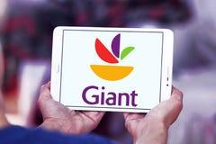 Γιγαντιαίο λογότυπο αλυσίδα σουπερμάρκετ τροφίμων Στοκ φωτογραφίες με δικαίωμα ελεύθερης χρήσης