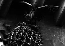 Γιγαντιαίο πουλί σιδήρου στη κυρία είσοδος Στοκ φωτογραφία με δικαίωμα ελεύθερης χρήσης