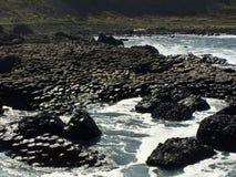 Γιγαντιαίο υπερυψωμένο μονοπάτι στη Βόρεια Ιρλανδία Στοκ εικόνα με δικαίωμα ελεύθερης χρήσης