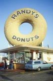 Γιγαντιαίο doughnut τσιμέντου στοκ φωτογραφία