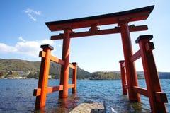 Γιγαντιαίο Torii, ιαπωνική πύλη στοκ φωτογραφίες με δικαίωμα ελεύθερης χρήσης